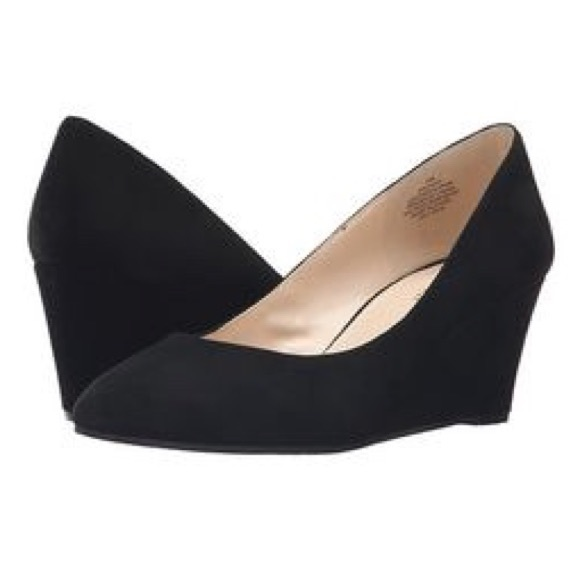 623c85a4fcaf3 🆕Nine West Leighton BLACK SUEDE WEDGE Pump